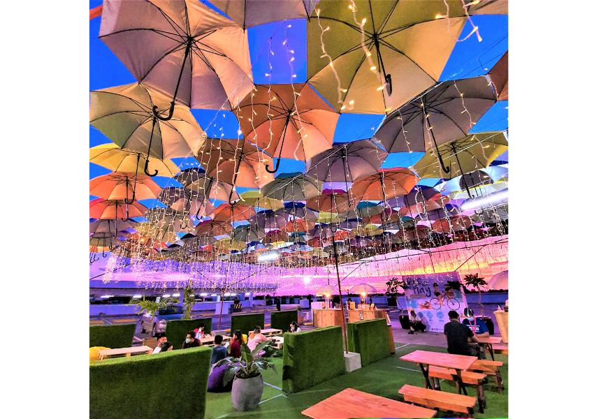 Dine & Play at the Roof Deck